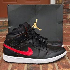 Air Jordan Black & Red Retro 1 Size 12